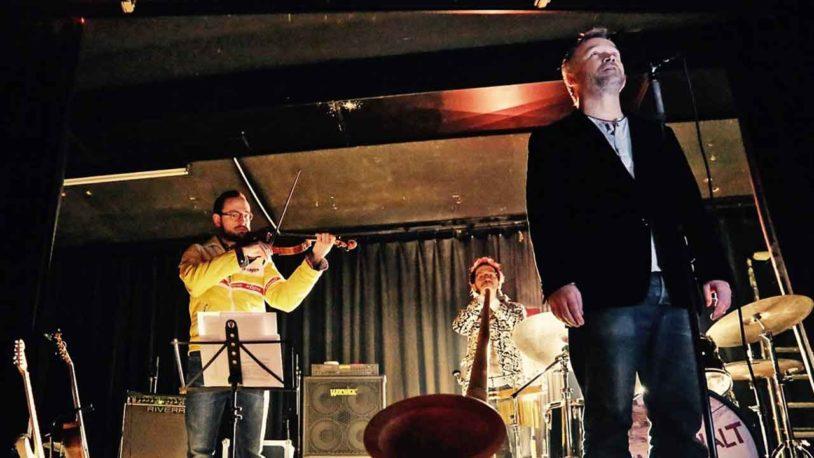 Südhang präsentieren bayerischen Bluesrock im Schlossgut Oberambach